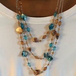 Jewelry - Beautiful gold and turquoise necklace